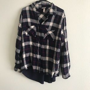 Navy gray and red plaid top